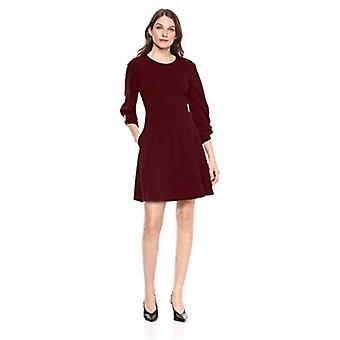 Marca - Lark &Ro Women's Gathered 3/4 Sleeve Crew Neck Fit and Flare Dress with Pockets, Port, 6