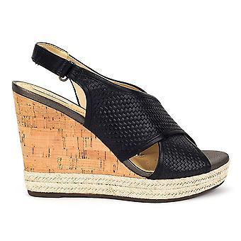 Geox Janira D82P6C06RBCC9999 universal kesä naisten kengät