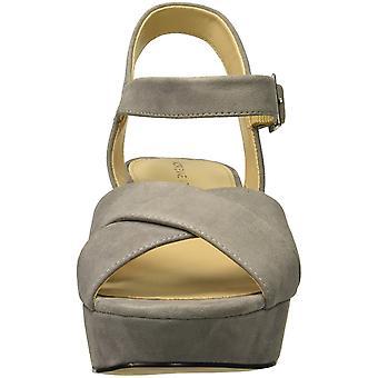 أول أدريان فيتاديني الأحذية النسائية ذات الكعب صندل