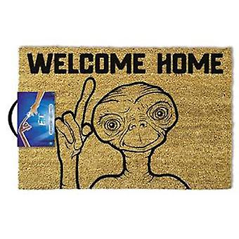 E.t. welcome home doormat