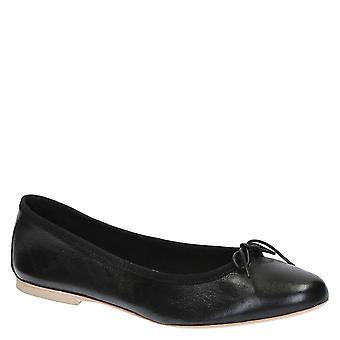 Handgjorda svart mjukt läder ballet flats ballerinor skor