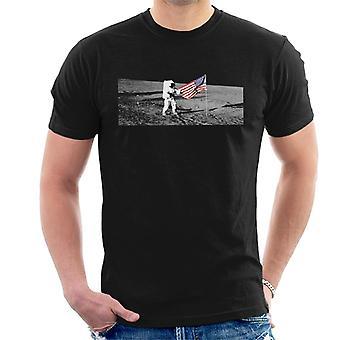 NASA Moon Landing Flag Men's T-Shirt