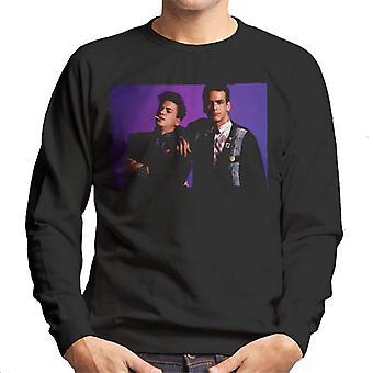 Weird Science Ian och Max Lila Bakgrund Män's Sweatshirt