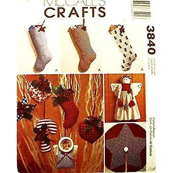 McCalls Naaipatroon 3840 Kerst decoraties Kousen Engelen
