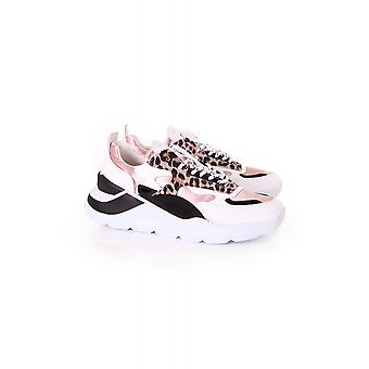 D.A.T.E Fuga Satin Pink Sand Trainer