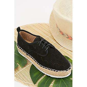 Laser Cut Lace Up Shoes 682042