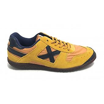 Munich Sneaker Goal Shoes In Suede Color Yellow Man U20mu10