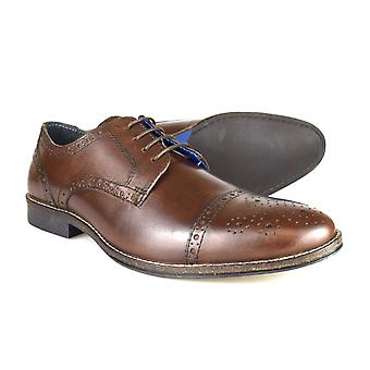 Byrokratiaa Claydon miesten ruskea nahka muodollista Lace-ajan kenkiä