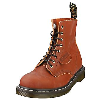 Dr. Martens 1460 Pascal Mens Classic Boots in Tan