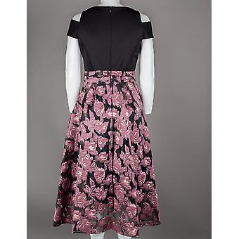 שמלת ג'אקארד פרחונית מחוך פשוט