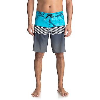 Quiksilver Highline Lava Division 19 inch Mid Length Boardshorts in Black