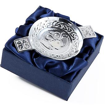 Claddagh - Friendship, Love and Loyalty Mini Pewter Wedding Quaich