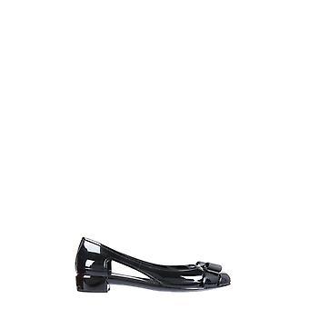 Salvatore Ferragamo 035656726363 Women's Black Patent Leather Flats
