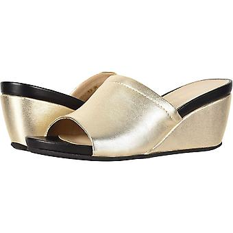 David Tate Womens nadine Closed Toe Mules