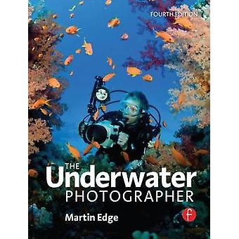 The Underwater Photographer (4th Revised edition) by Martin Edge - 97