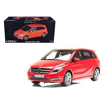 2011 Mercedes B180 Red 1/18 Diecast Car Model par Norev