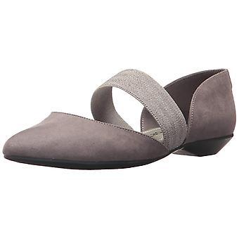 Anne Klein Womens Ondria Fabric Closed Toe Ballet Flats