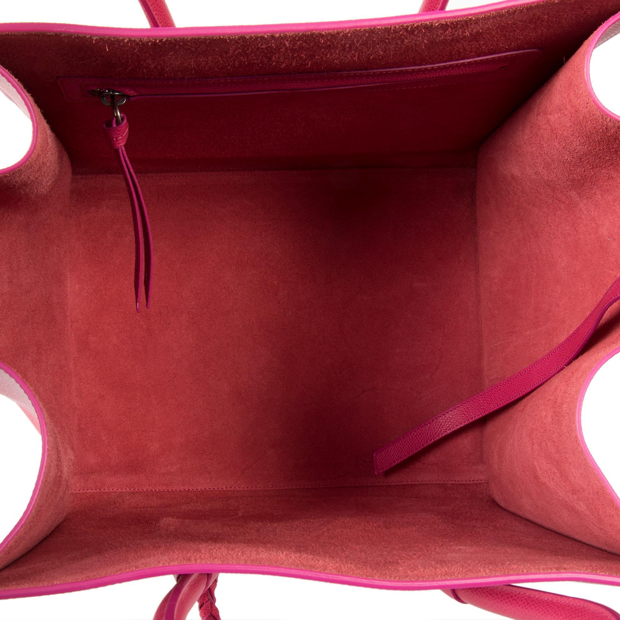 Celine Medium bagasjen Phantom posen i Fuchsia Baby kornet kalveskinn Lær