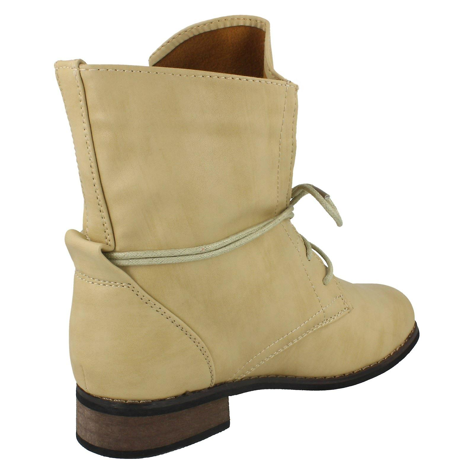 Ladies Spot On Low Heel Lace Up Ankle Boots