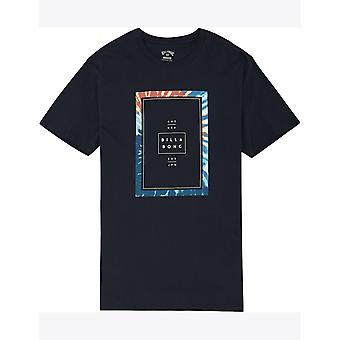 ネイビーのビラボンタック半袖Tシャツ