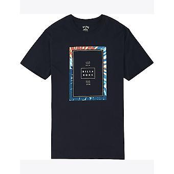 Billabong Tucked Korte Mouw T-shirt in Navy