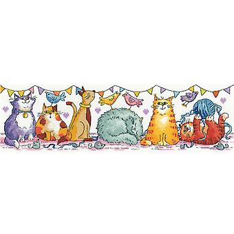 Heritage Crafts Cross Stitch Kit - Cat Show (Aida)