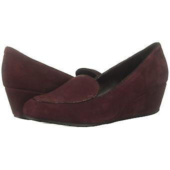 Kenneth Cole Reaction Womens Tip Wedge Loafer Suede Round Toe Wedge Pumps