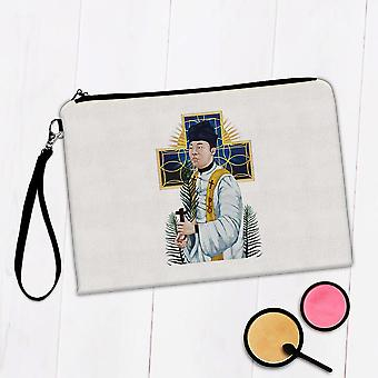 Gift Makeup Bag: Saint Andrew Dung Lac Vietnamese