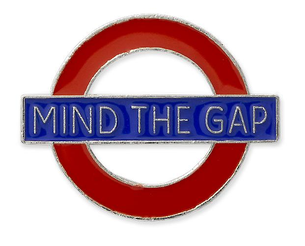 Tfl™7002 licensed mind the gap roundel™ pin badge