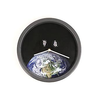 Astronauts Wall Clock - Spinning Astronauts