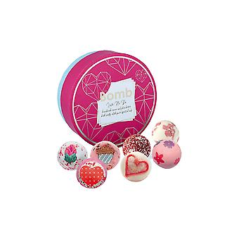 Bomb Cosmetics Gift Pack - Love Me Do