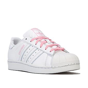 Junior Girls adidas Originals Superstar Trainers In White- Padded Collar And