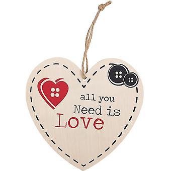 Alt du trenger er kjærlighet hengende hjerte tegn