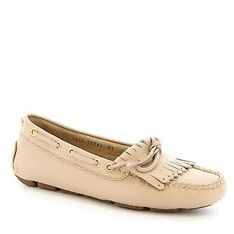 Leonardo Shoes women's handmade boat mocassins in beige calf leather