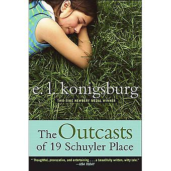 Outcasts of 19 Schuyler Place by E L Konigsburg - 9780689866371 Book