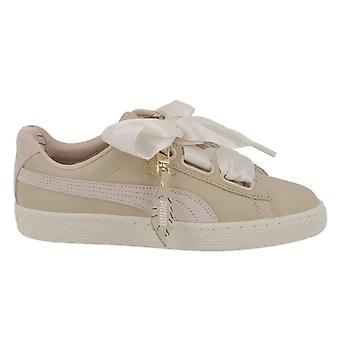 Puma Womens Basket Heart Leather Low Top Lace Up Fashion Sneakers