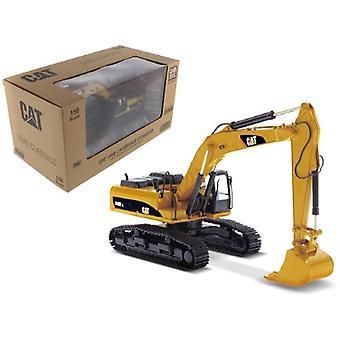 CAT Caterpillar 340D L Hydraulic Excavator avec Operator Core Classics Series 1/50 Diecast Model par Diecast Masters