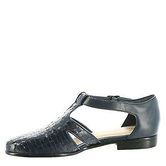 Trotters Womens leatha Closed Toe Ankle Strap Loafers