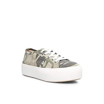 Steve Madden Frauen's Emmi Sneaker