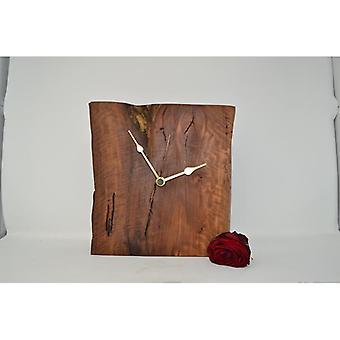 Holz Wanduhr Holzuhr Uhr Baumscheibe 31 x 24 cm Made in Austria Uhr Birne Uhr wallclock clock Geschenk Geschenkidee Holzdeko Dekoration Deko Holzdekoration