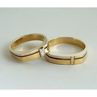 Yellow and white gold wedding rings