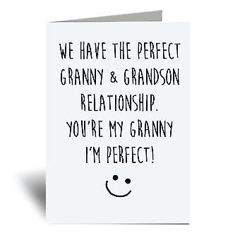 יש לנו יחסי סבתא ונכד מושלמים, אתה הסבתא שלי ואני מושלם! A6 כרטיס ברכה