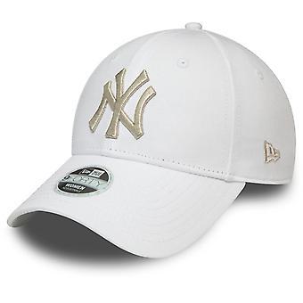 עידן חדש 9Forty כובע נשים-מתכתי ניו יורק יאנקיז לבן