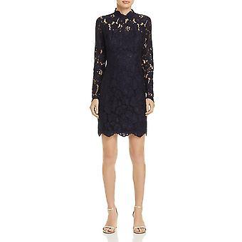 Betsey Johnson | Lace Scalloped Cocktail Dress