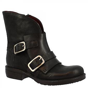 ليوناردو أحذية المرأة & apos;ق الأحذية الكاحل جولة باليد في جلد العجل الأسود مع الرمز البريدي الجانب والأبازيم