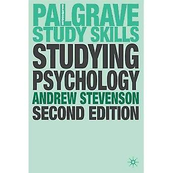 Studying Psychology (Palgrave study guides)