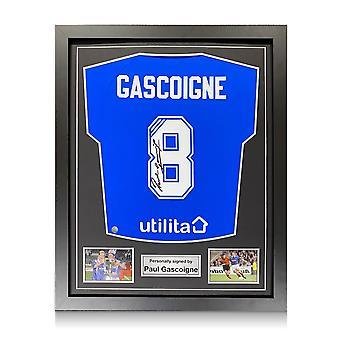 Paul Gascoigne a signé le maillot des Rangers. Cadre standard