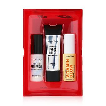 Photo Finish Primer Trio Set (1x Photo Finish Primerizer 1x The Original Photo Finish Smooth & Blur Primer 1x Foto