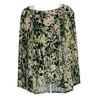 Belle by Kim Gravel Women's Plus Top Watercolor Floral Knit Green A347142