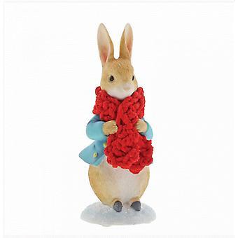 Peter Rabbit in una statuetta di sciarpa festiva